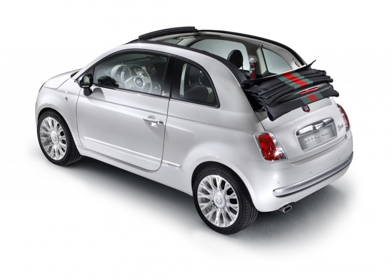 la fiat 500c by gucci a t pr sent e actu auto. Black Bedroom Furniture Sets. Home Design Ideas