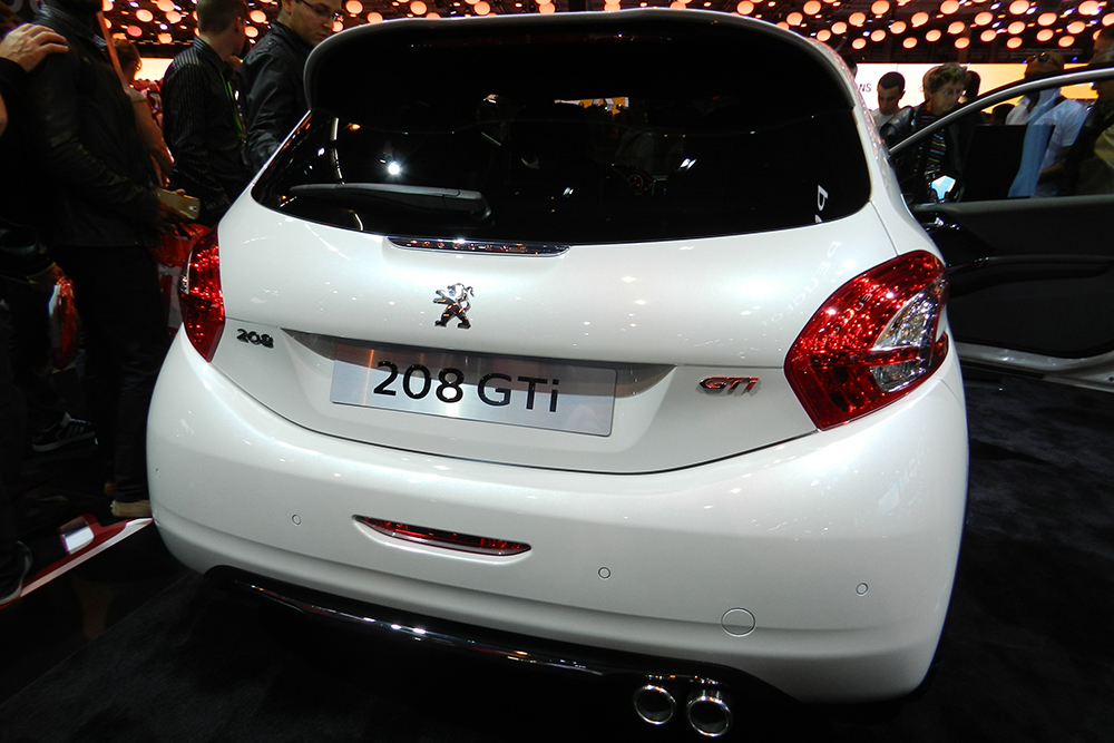 208 gti Mondial auto Paris 2014 (57)