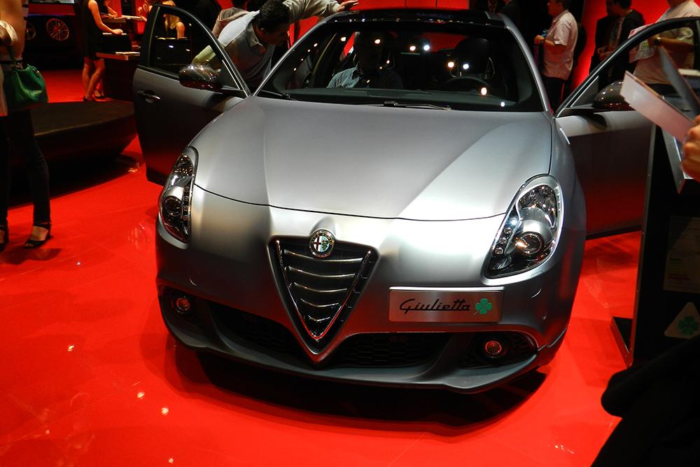 alfa romeo 4C Mondial auto Paris 2014 (129)