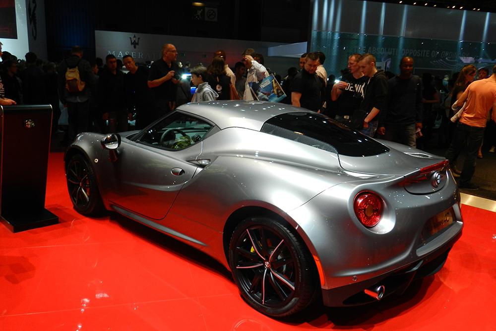 alfa romeo 4C Mondial auto Paris 2014 (130)