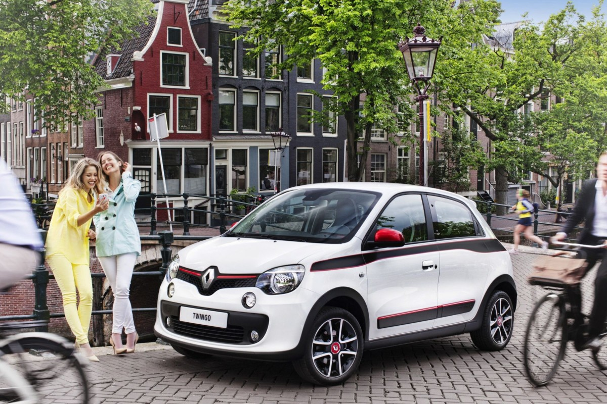nouvelle renault twingo 2014 photos et infos int rieur et ext rieur. Black Bedroom Furniture Sets. Home Design Ideas
