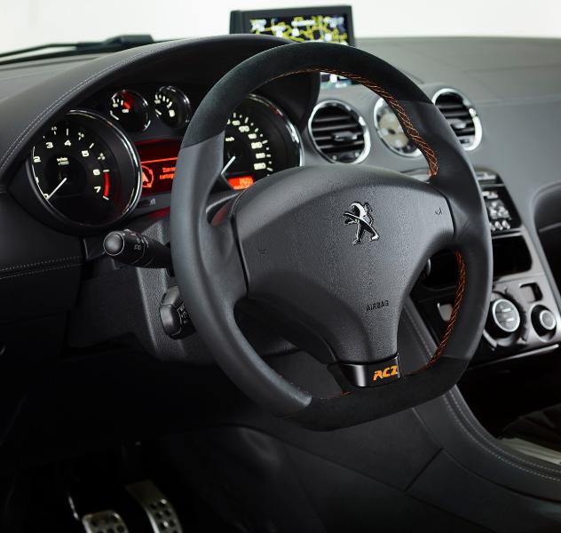 Peugeot rcz arlen ness la dde a son coup sport blog for Interieur rcz