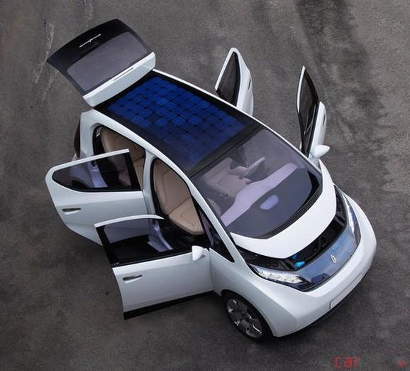 Photo de la voiture électrique de Bolloré, la Blue Car