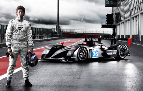 photo lucas ordonez pilote playstation devenu pro chez nissan