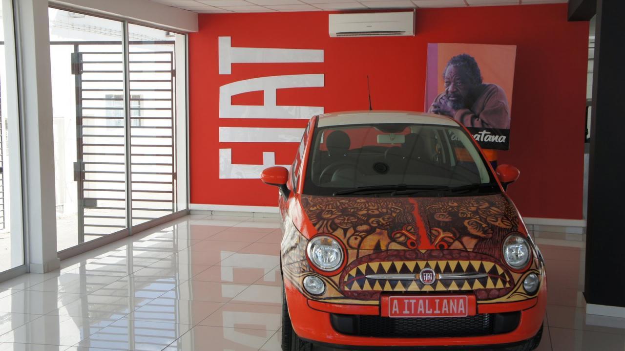 fiat-500-italian-woman-art