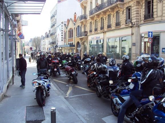 manifestation moto 2