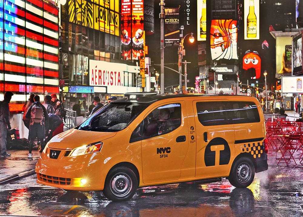le nissan nv200 choisi pour tre le futur taxi de new york d s 2013 actu auto. Black Bedroom Furniture Sets. Home Design Ideas