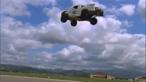 record monde saut en voiture tanner foust
