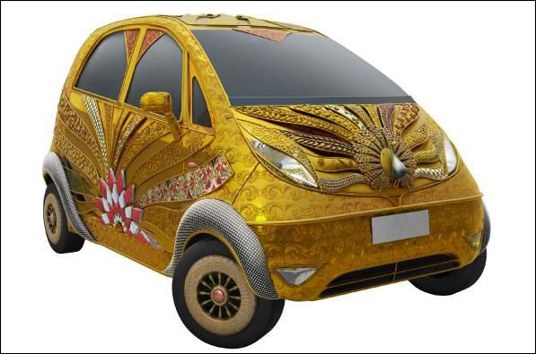 tata nano en or golden