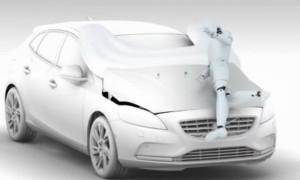 Nouvel Airbag piéton Volvo