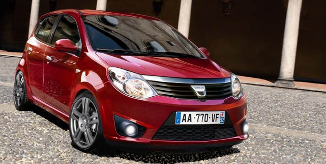dacia 5000 euros rouge blog auto s lection le condens. Black Bedroom Furniture Sets. Home Design Ideas