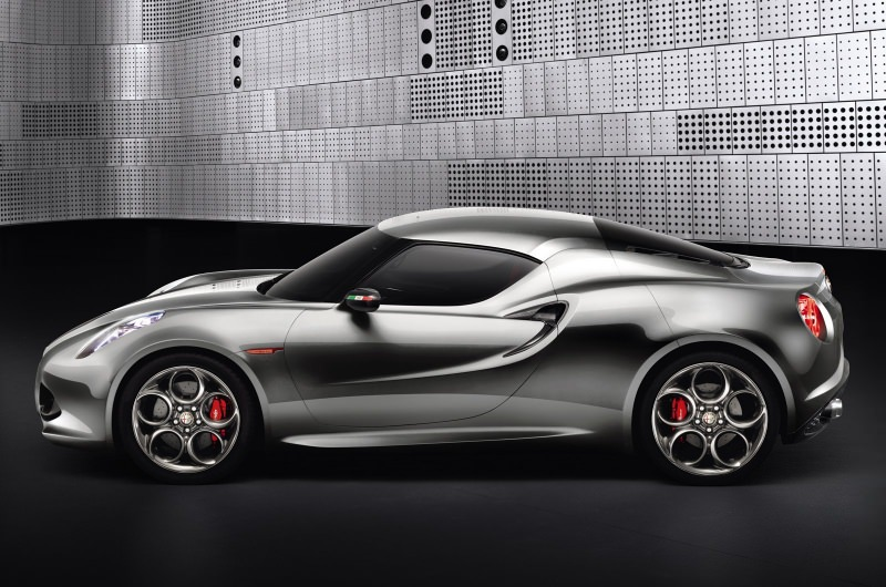 nouvelle alfa romeo 4c pour 2013 photos et infos blog auto. Black Bedroom Furniture Sets. Home Design Ideas
