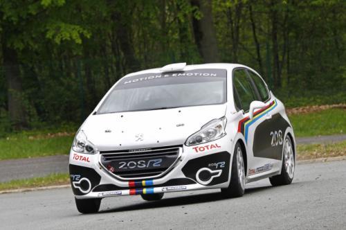 Peugeot 208 R2 face avant