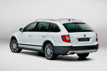 Nouvelle skoda superb outdoor