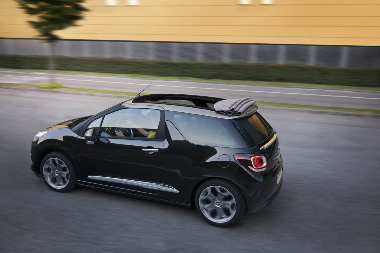 la citroen ds3 cabrio d voil e mondial automobile 2012 blog auto. Black Bedroom Furniture Sets. Home Design Ideas