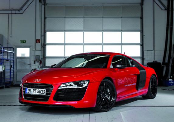 Audi R8 e-tron record électrique 2012 au Nurburgring et son rétroviseur digital bientôt en vente sur le marché