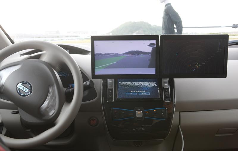 "Nissan système ""braquage automatique d'urgence"" safety shield"