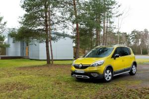 Renault Scenic XMOD jaune avant