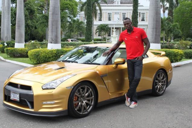Usain-Bolt-Gold-Nissan-GT-R