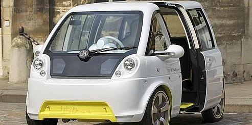 Photo de voiture electrique en libre service partage à Nice