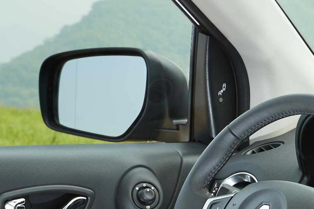 Renault Koleos 2013 : détecteur d'angle mort