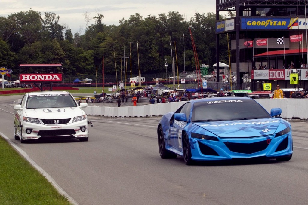 Honda Acura NSX 2014 en démonstration