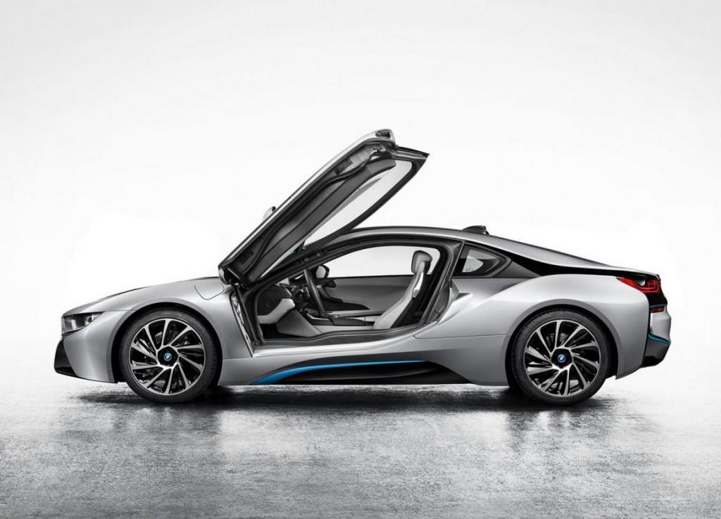 Première photo officielle de la BMW i8