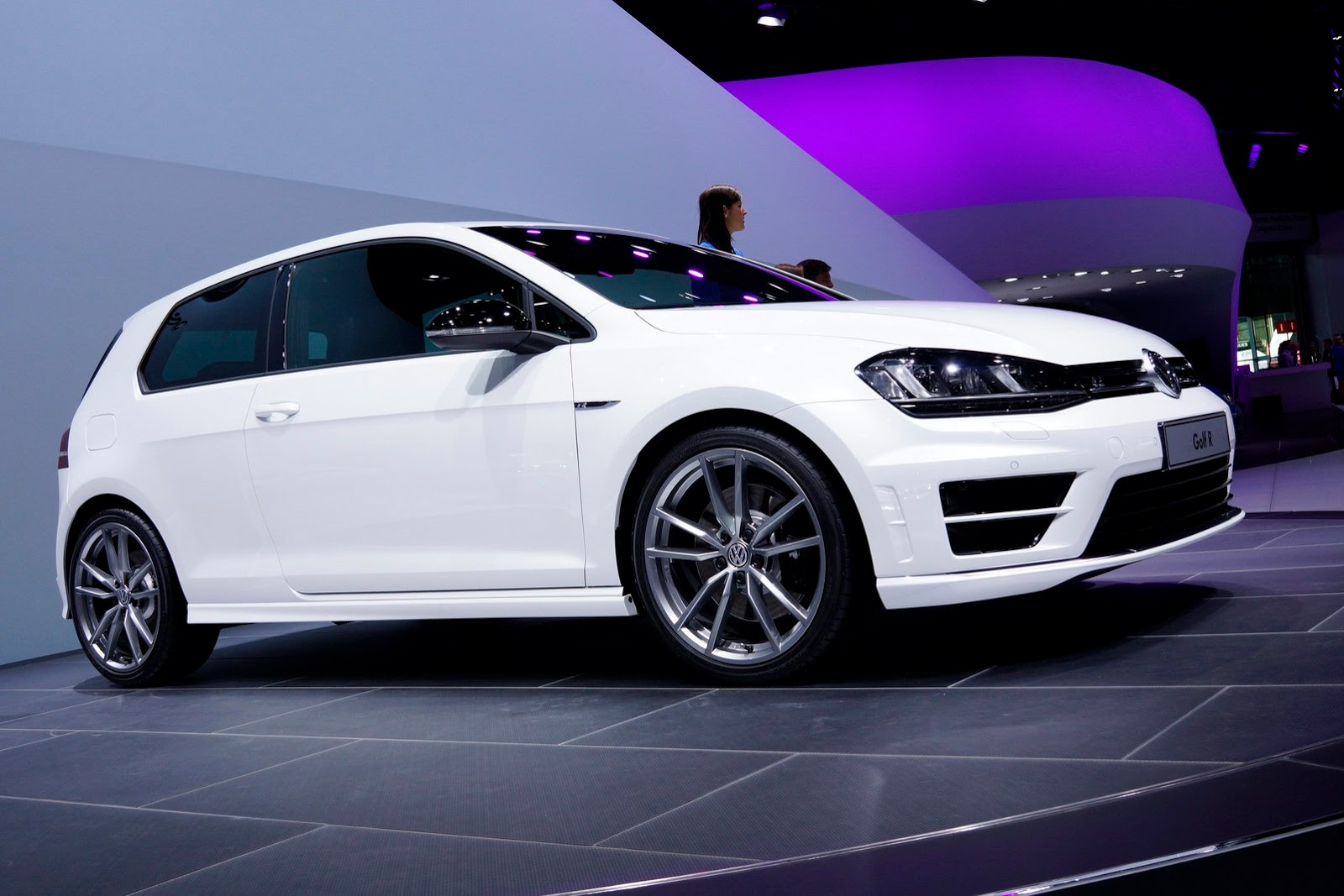 volkswagen golf r au salon de francfort photos blog auto. Black Bedroom Furniture Sets. Home Design Ideas