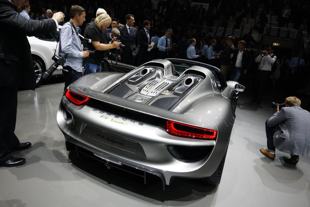 Porsche 918 Spyder arrière
