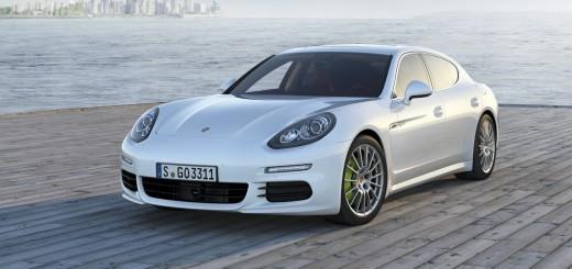 Porsche Panamera 2013 de 300 chevaux