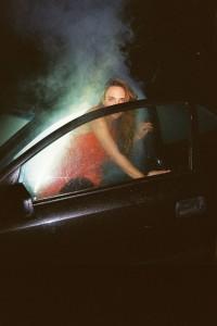Voiture halloween avec fumigène