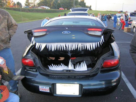 Trunk or treat Ford Halloween