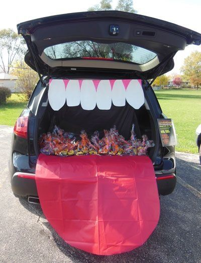 Trunk or treat : faites Ah - le coffre tire la lange