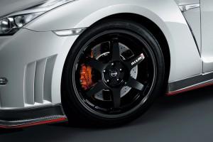 roue avant frein nouvelle gt-r nismo 2014