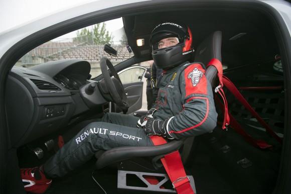 habitacle épuré Mégane RS course