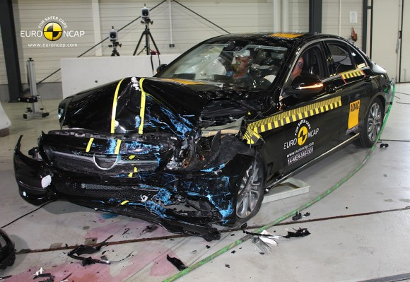 Euro NCAP crash test 2014