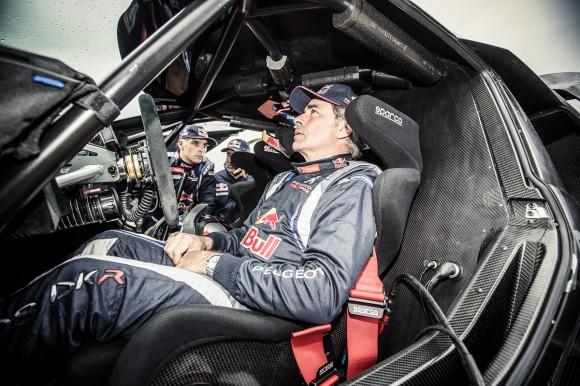 Carlos sainz Peugeot 2008 DKR