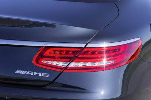 feu arriere Mercedes-Benz S 65 AMG Coupe 2014