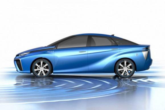 Toyota FCV concept pile