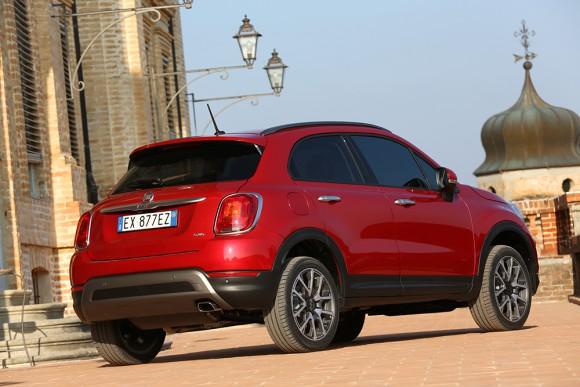 Fiat 500X 4X4 coffre arriere
