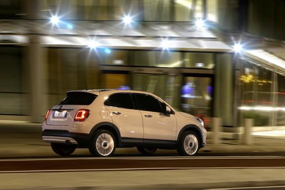Fiat-500X-urbain arriere profil