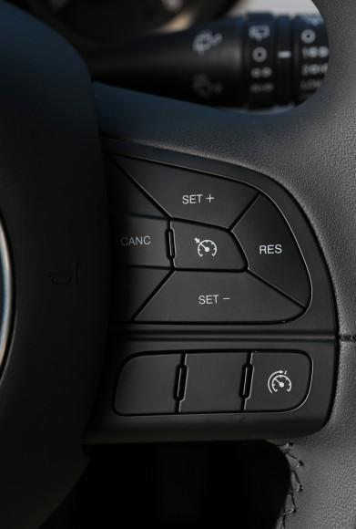 Fiat 500X commandes