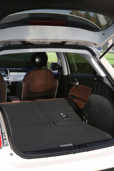 Fiat 500X coffre colume