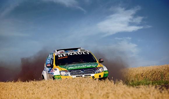Renault Duster Dakar 2015 (1)