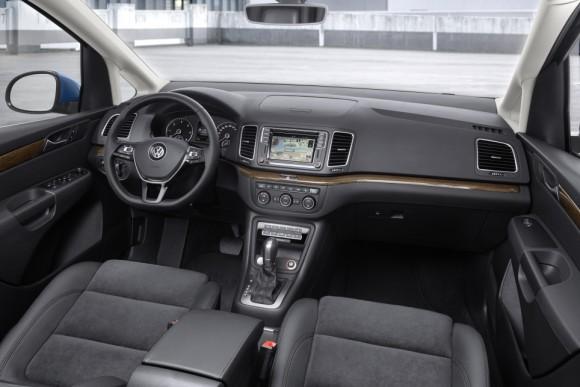 Nouveau Volkswagen Sharan 2015 habitacle cockpit