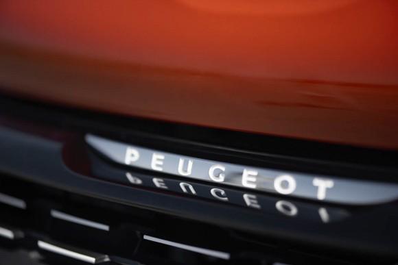 Nouvelle Peugeot 208 2015 (1)