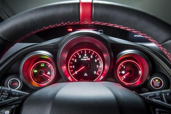 Honda Civic Type-R tableau de bord