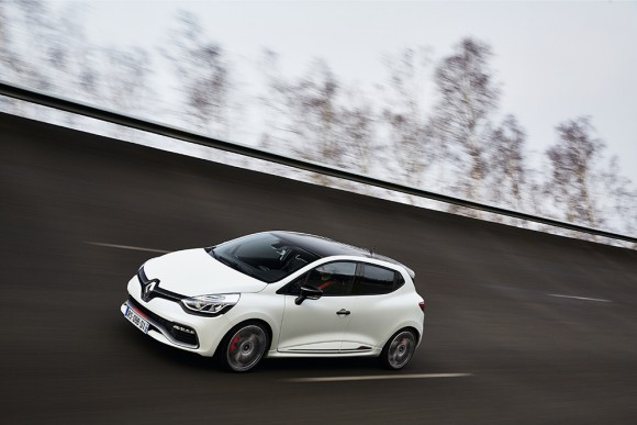 PErformances Clio RS 220 EDC Trophy