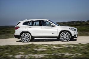 BMW X1 2015 profil droit