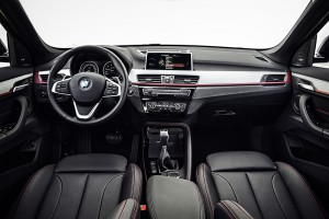 BMW X1 2015 sieges avant